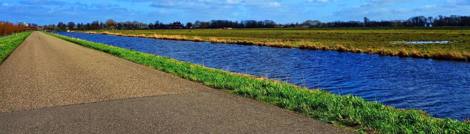 Water omgeving